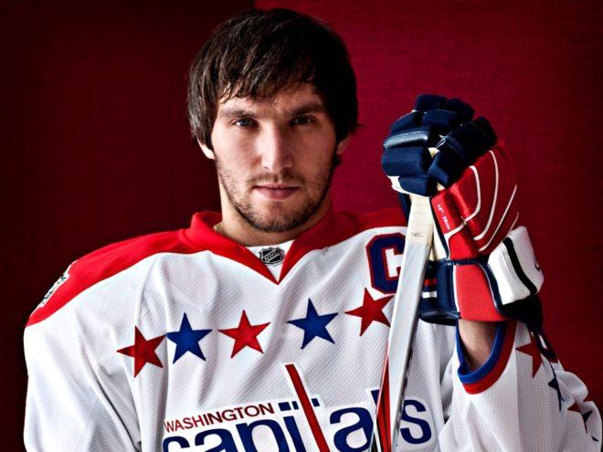 После своей 206-й шайбы Александр Овечкин занял 14 место в истории НХЛ