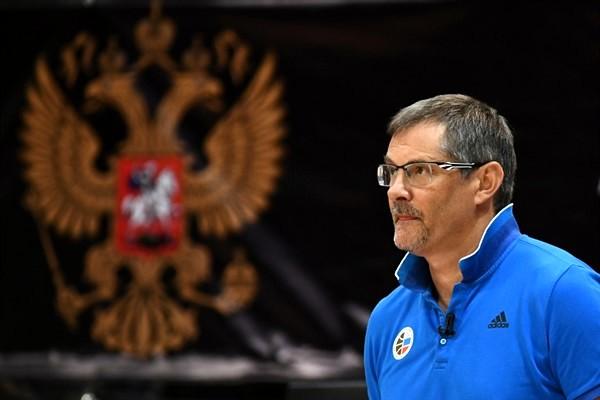 Базаревич: Клубы не беспокоятся об игроках российской сборной